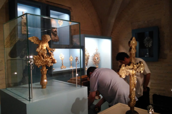 Le trésor de la Crypte de l'Eglise Saint-Jacques